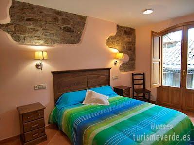 TURISMO VERDE HUESCA. Apartamentos Casa Fes de Ainsa